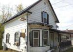 Foreclosed Home en UNION ST, Newport, VT - 05855