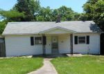 Foreclosed Home en BRUSH ST, Panama, IL - 62077