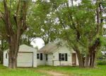 Foreclosed Home en CARTER RD, Pekin, IL - 61554