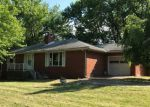 Foreclosed Home en OAKRIDGE DR, New Kensington, PA - 15068