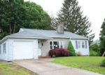 Foreclosed Home en VIEW ST, Bristol, CT - 06010