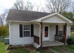 Foreclosed Home en LAFAYETTE RD, Clarksville, TN - 37042