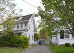 Foreclosed Home en IRWIN PL, Trenton, NJ - 08648
