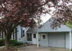 Foreclosed Home en MIDLAND RD, Saginaw, MI - 48638