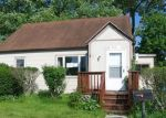 Foreclosed Home en CORBIN AVE, New Britain, CT - 06053