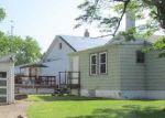 Foreclosed Home en LAKESIDE AVE, Trenton, NJ - 08610
