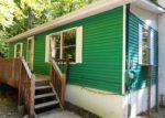 Foreclosed Home en HUMMING BIRD LN, Hawley, PA - 18428