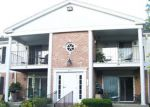 Foreclosed Home en GOLF COURSE RD, Crystal Lake, IL - 60014