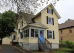 Foreclosed Home en NEW KING ST, Enfield, CT - 06082