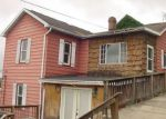 Foreclosed Home en W KNOTTS AVE, Grafton, WV - 26354
