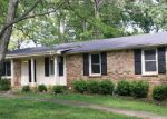 Foreclosed Home en VICTORY RD, Clarksville, TN - 37042