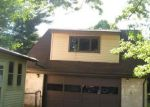 Foreclosed Home en POCANTICO AVE, Akron, OH - 44312