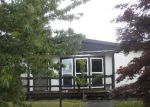 Foreclosed Home en 99TH AVENUE CT E, Puyallup, WA - 98375
