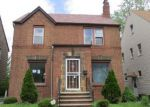 Foreclosed Home en BLANCHE AVE, Cleveland, OH - 44118