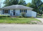 Foreclosed Home en W 19TH ST, Sterling, IL - 61081
