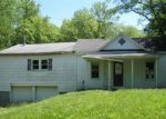 Foreclosed Home en N 5TH ST, Mount Vernon, IL - 62864