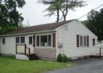 Foreclosed Home en LEO ST, Manchester, NH - 03103