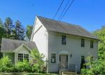Foreclosed Home en OLD SUMMIT RD, Greene, RI - 02827