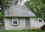 Foreclosed Home en E 5TH AVE, Clementon, NJ - 08021
