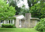 Foreclosed Home en W UPPER FERRY RD, Trenton, NJ - 08628
