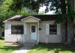 Foreclosed Home en ROBERT E LEE ST, Malvern, AR - 72104