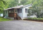 Foreclosed Home en FAIRVIEW DR, Hewitt, NJ - 07421
