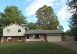 Foreclosed Home en N WINDSONG LN, Greenwood, IN - 46142