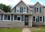 Foreclosed Home en BRANFORD ST, Hartford, CT - 06112
