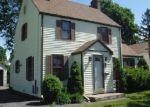 Foreclosed Home en STERLING RD, East Hartford, CT - 06108