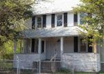 Foreclosed Home en PARK AVE, East Hartford, CT - 06108