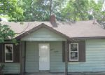 Foreclosed Home en SYCAMORE ST, Alton, IL - 62002