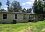 Foreclosed Home en HACK BERRY RD, Gilmer, TX - 75644