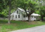 Foreclosed Home en N FORK RIVER RD, Saltville, VA - 24370