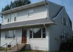 Foreclosed Home en E CHOCOLATE AVE, Hershey, PA - 17033