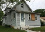 Foreclosed Home en PINE AVE, Woodbury, NJ - 08096