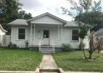 Foreclosed Home en OCTAVIA PL, San Antonio, TX - 78214