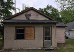 Foreclosed Home en S BLUFF ST, Berrien Springs, MI - 49103