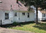 Foreclosed Home en ROCKDALE, Redford, MI - 48239