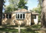 Foreclosed Home en S BERGMAN DR, Mchenry, IL - 60051