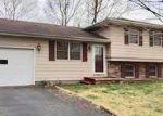 Foreclosed Home en E BRYAN ST, Salem, IL - 62881