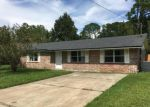 Foreclosed Home en FLEMING ST, Orange Park, FL - 32003