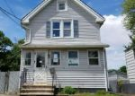 Foreclosed Home en PECK AVE, West Haven, CT - 06516