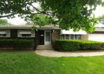 Foreclosed Home en N MCLEAN BLVD, Elgin, IL - 60123
