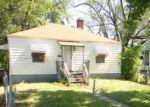 Foreclosed Home en ADELAIDE PL, East Saint Louis, IL - 62204