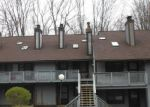 Foreclosed Home en MEREDITH LN, Cuyahoga Falls, OH - 44223