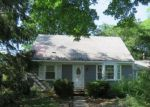 Foreclosed Home en JACKSON AVE, Brentwood, NY - 11717