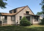 Foreclosed Home en MARSAD DR, Old Bridge, NJ - 08857