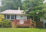 Foreclosed Home en BENTLEY RD, Clementon, NJ - 08021