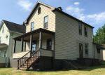 Foreclosed Home en MILLTOWN RD, Verona, PA - 15147