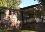 Foreclosed Home en OLLIE COLLINS RD, Elizabethton, TN - 37643